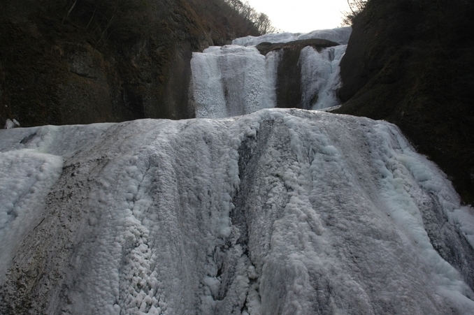 Fukuroda Falls winter