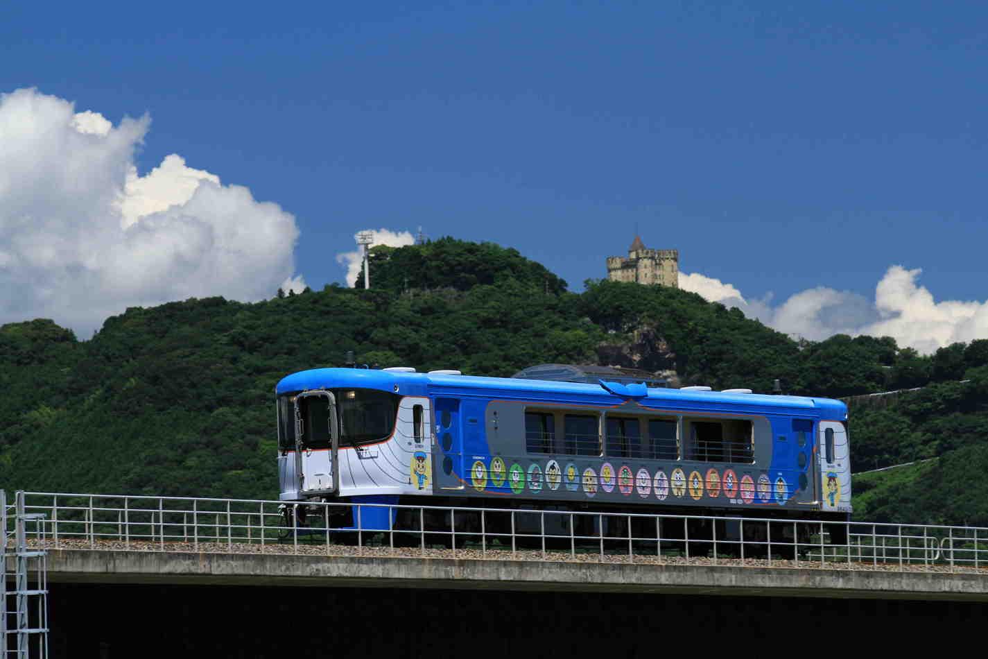 TOSAKUROSHIO RAILWAY GOMEN-NAHARI LINE