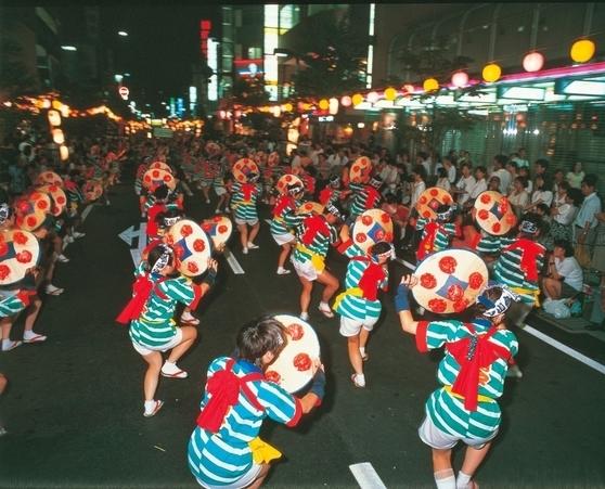 Hanagasa dance festival